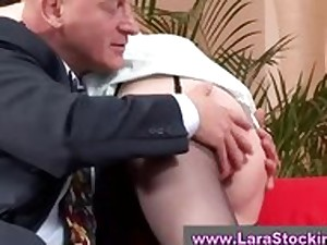 Older in nylons inasmuch as oral-stimulation