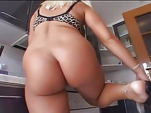 Vast butt White Girls, Melanie Mashing