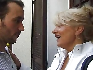 FRENCH PORN 2 anal aged mommy milf groupsex